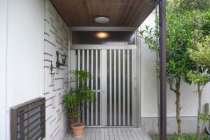 【玄関ドアリフォーム】奈良県宇陀市S様邸 玄関ドア交換工事