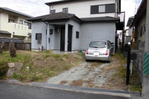 【駐車場工事・外構工事】三重県名張市S様邸 駐車場を1台から2台分置けるようにする工事
